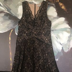 Dresses & Skirts - Black overlay lace dress